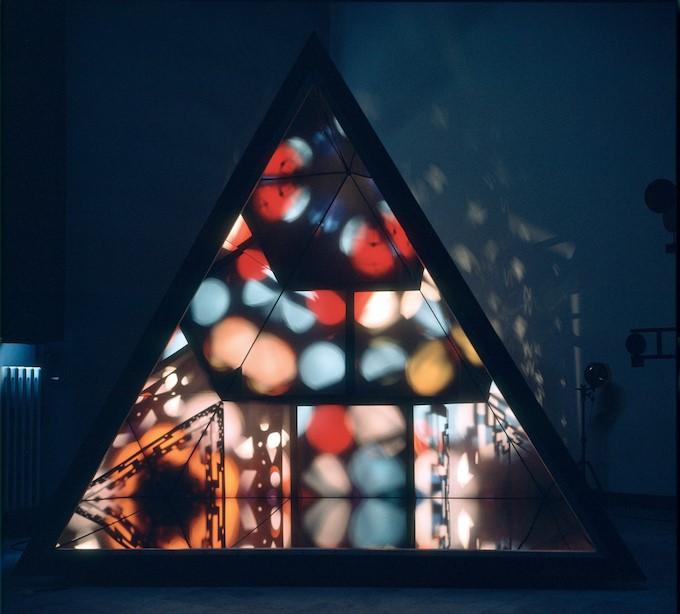 De Kunstmeisjes (z.d.) Nicolas Schöffer, 'Le Prisme', 1965, Collectie Éléonore Lavandyra Schöffer, Parijs